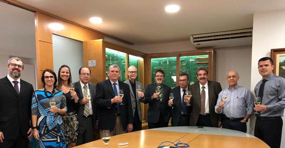 A Strattner recebeu menção honrosa pela relação direta da empresa com a história e desenvolvimento da urologia no Brasil.